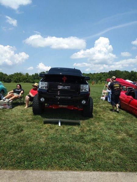 2019-Summer-Showdown-Vehicles-S-019